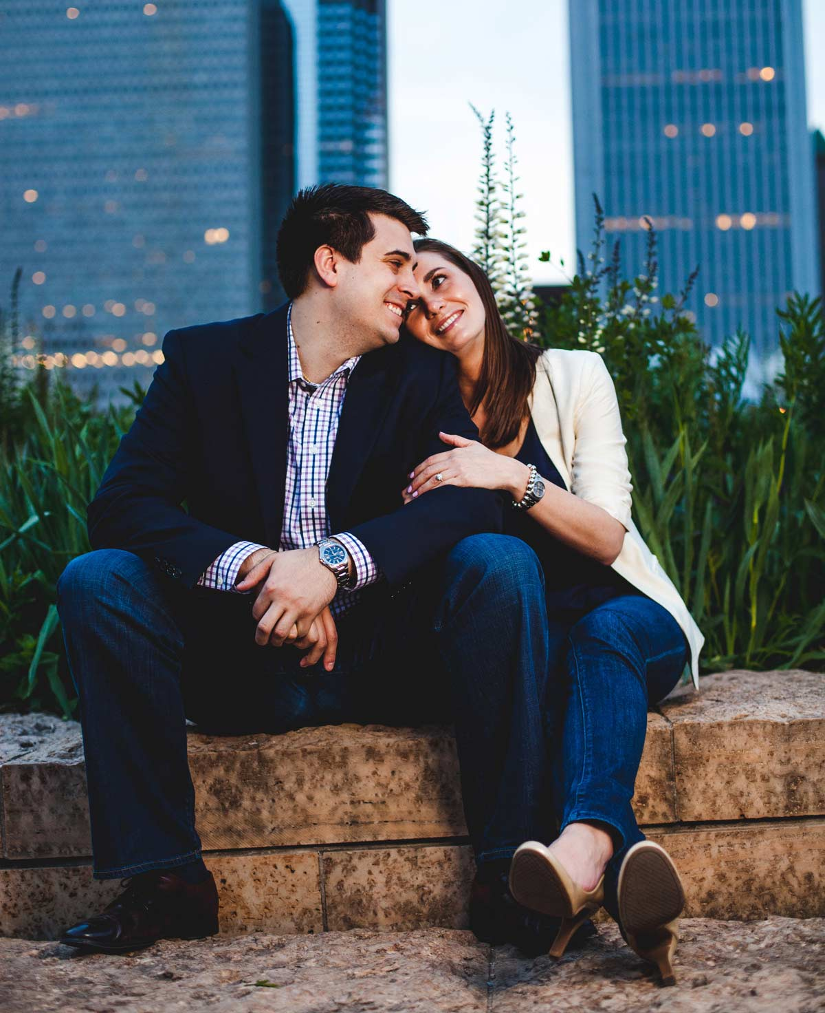 chicago engagement photography session photography matt holly night (20)
