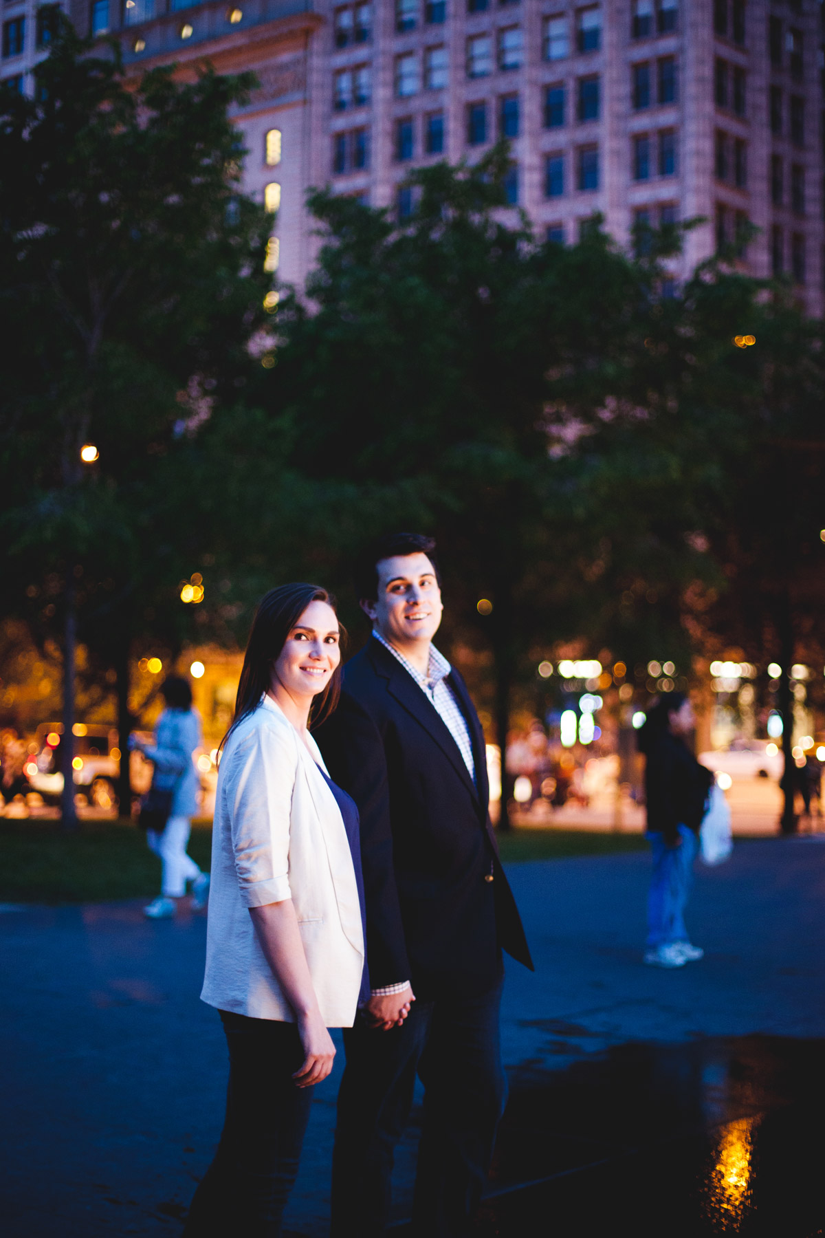 chicago engagement photography session photography matt holly night (26)