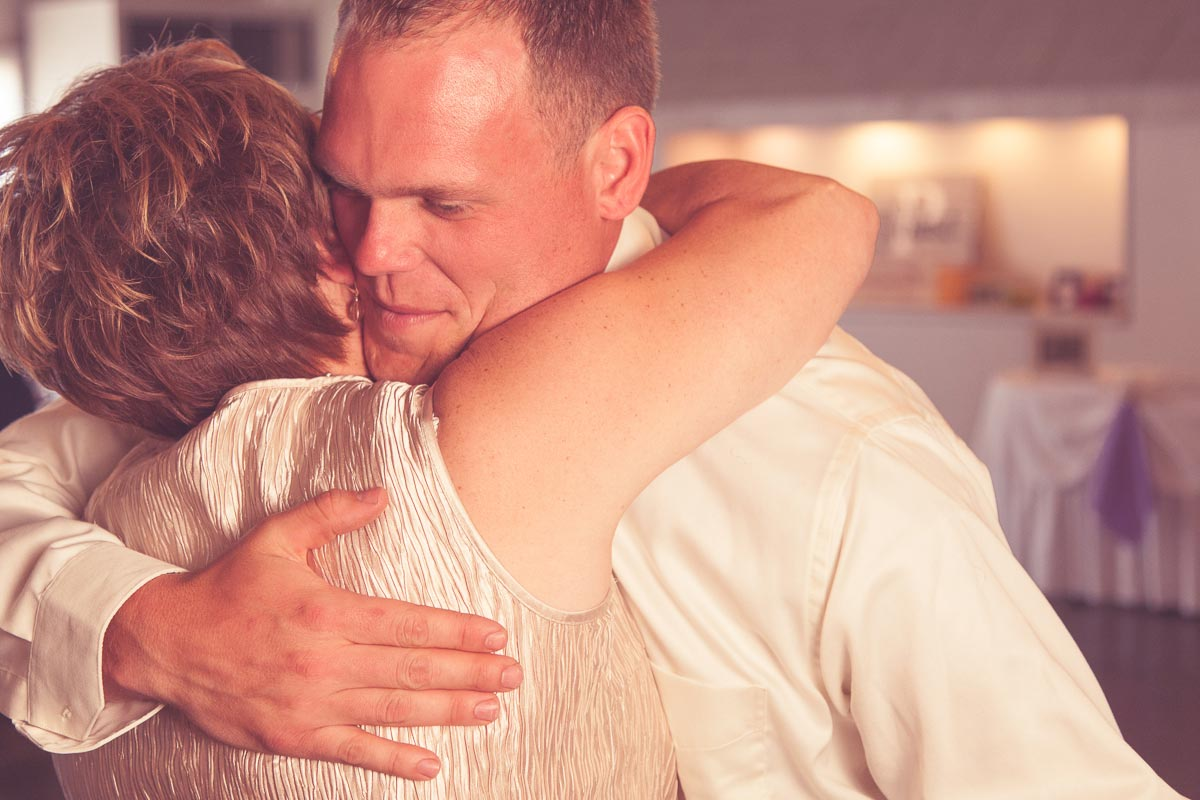 evansville-wedding-photographer-pabst-photo-kokies-echo-valley-(25)
