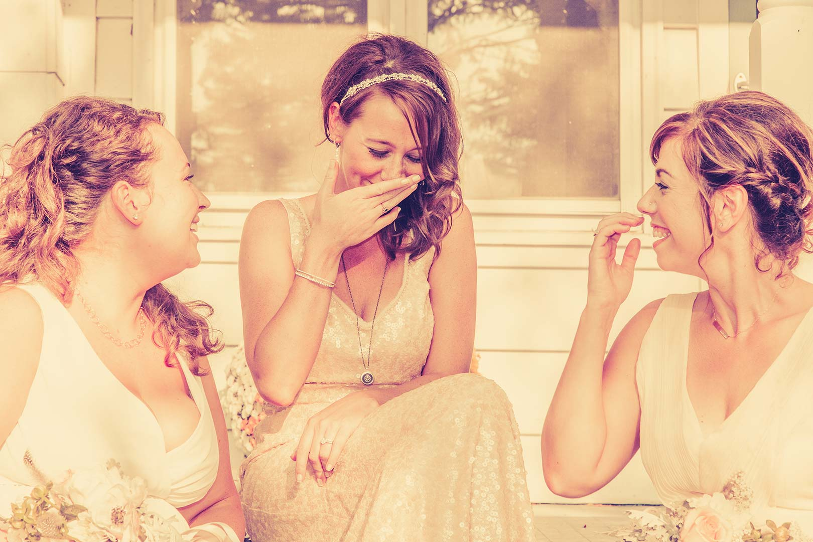 brides-maids-porch-wedding-photo-hits