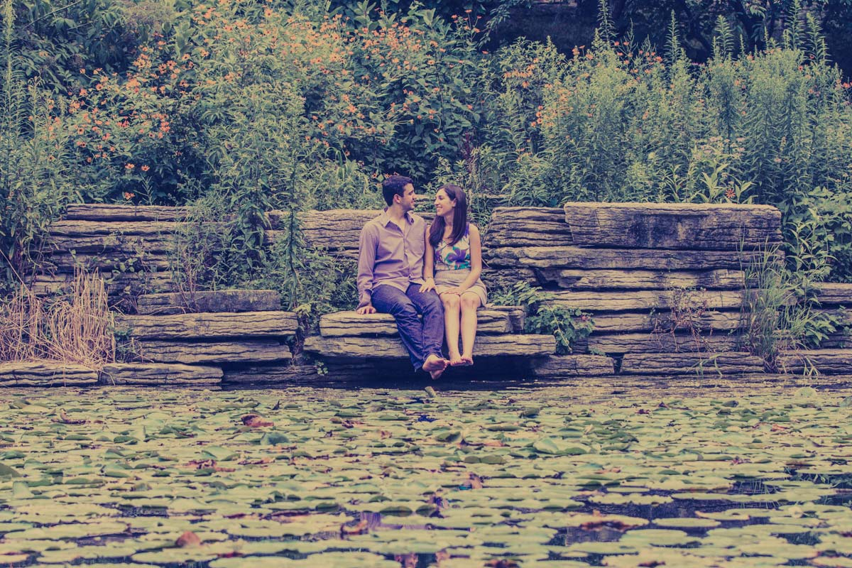 lincoln park engagement session lilly pond (2)
